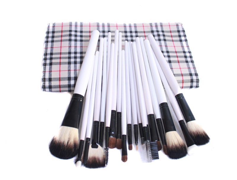 Fashion 21pcs makeup brushes set white make up brushes professional high quality beauty ornament Kit with Pouch of makeup tools(China (Mainland))