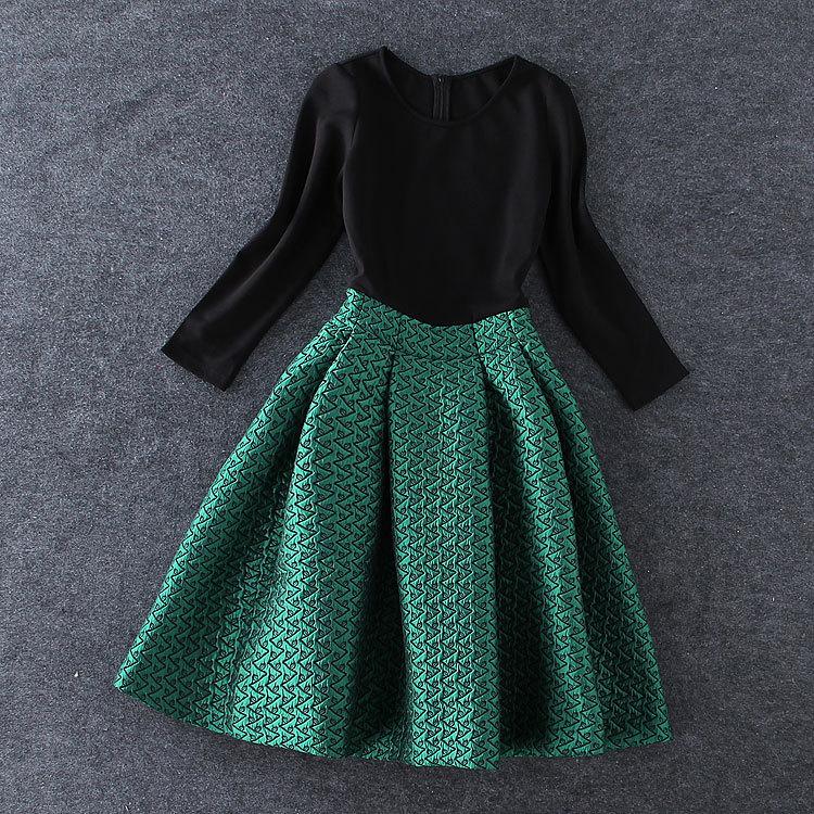 Boutique high-end S9278 2015 new autumn winter green embroidered stitching black tutu dress bottoming - Runlu garment Co.,Ltd store