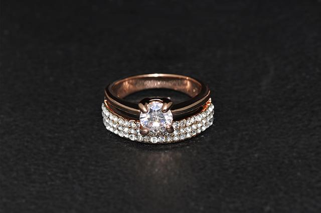 Fashionable Ring