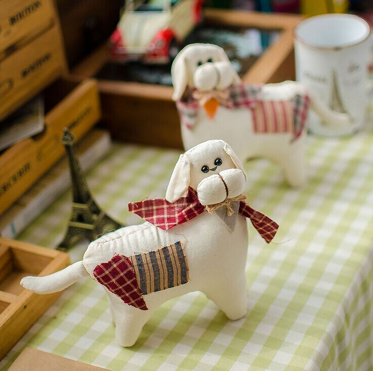 Set of 2 Country Style Upholstery Patchwork Fabric Stuffed Dog Puppy Nursery Home Decoration Housewarming Gift(China (Mainland))