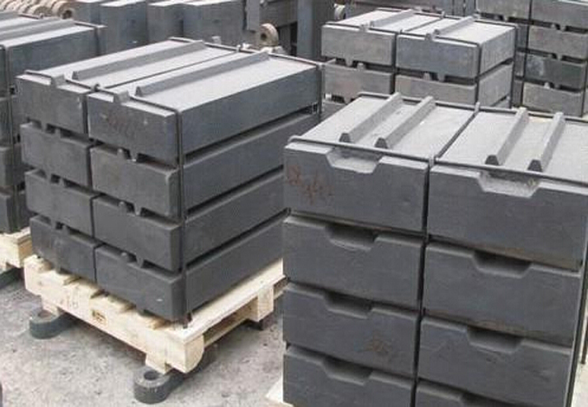 High manganese steel jaw plate,fixed jaw crusher spare parts, jaw plate for jaw crusher(China (Mainland))