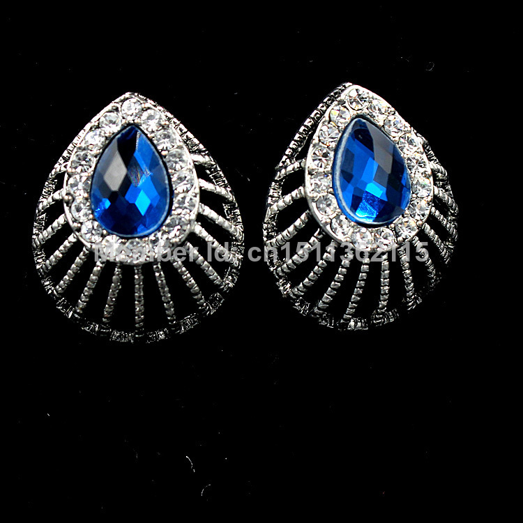 Fashion Jewelry Retro Silver Plated Hollow Out Design Earrings With Sapphire rhinestones For Women(China (Mainland))