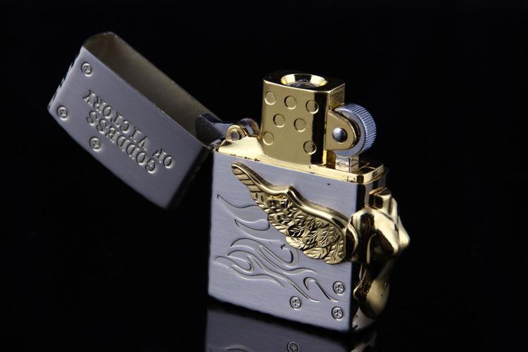 ถูก จัดส่งฟรีอิเล็กทรอนิกส์ไฟแช็กทองน้ำแข็งรูปร่างUSBชาร์จโลหะบางพนังของขวัญแบบพกพาUSB Flameless W Indproof 880