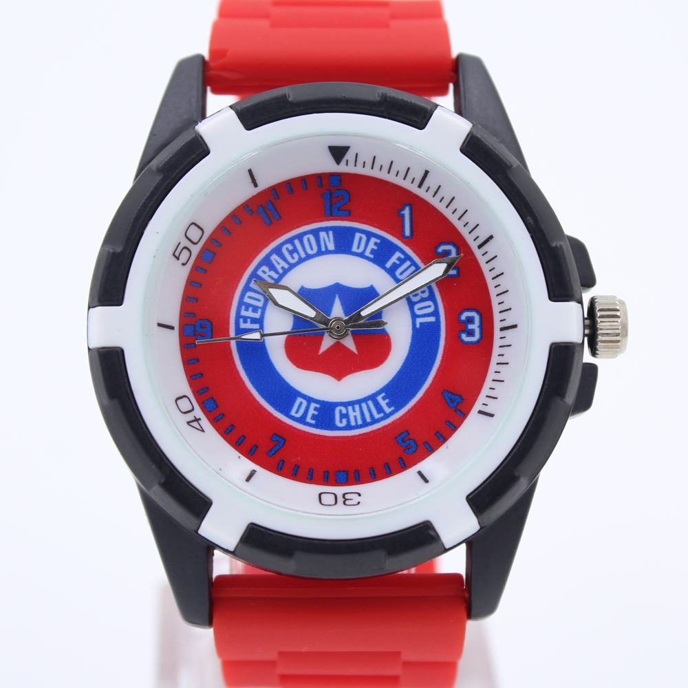 Chile Souvenirs For National Soccer Team Quartz Gift Watch Football Fans Chile Men Silicone Band Alloy Case Watch Products(China (Mainland))