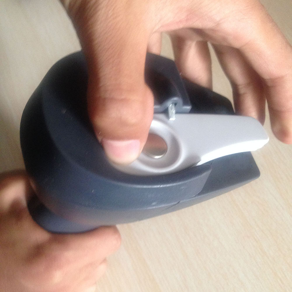 Handheld Sensor Remover Universal Magnetic Detacher 2015 New EAS Tag Detahcer Hook Detacher Universal Remover Free Shipping(China (Mainland))