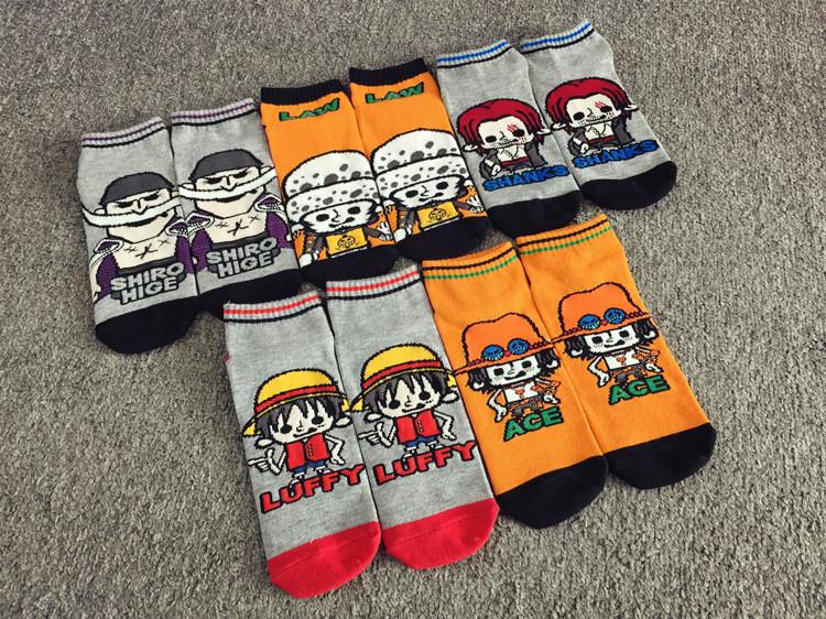 2015 cotton multi colour anime style pattern male socks Skate board hip-pop fashion men women boat socks(China (Mainland))