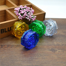 1 pc 2 layers plastic herb Grinder  Herb Grinder  Spice Crusher hand(China (Mainland))