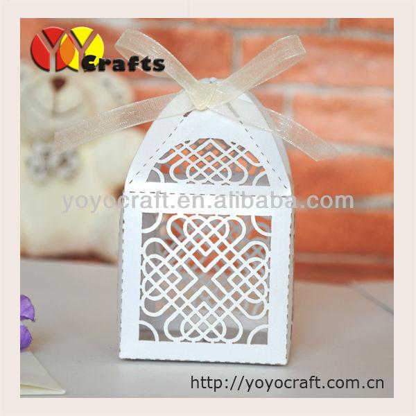 Free shipping WB003--mini 5*5cm size laser cut wedding favour gift box with ribbon(China (Mainland))