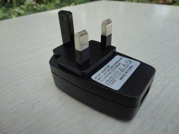 UK Travel Charger Adapter Plug  AC Power Supply USB For  MP3 MP4 MP5 10pcs/lot