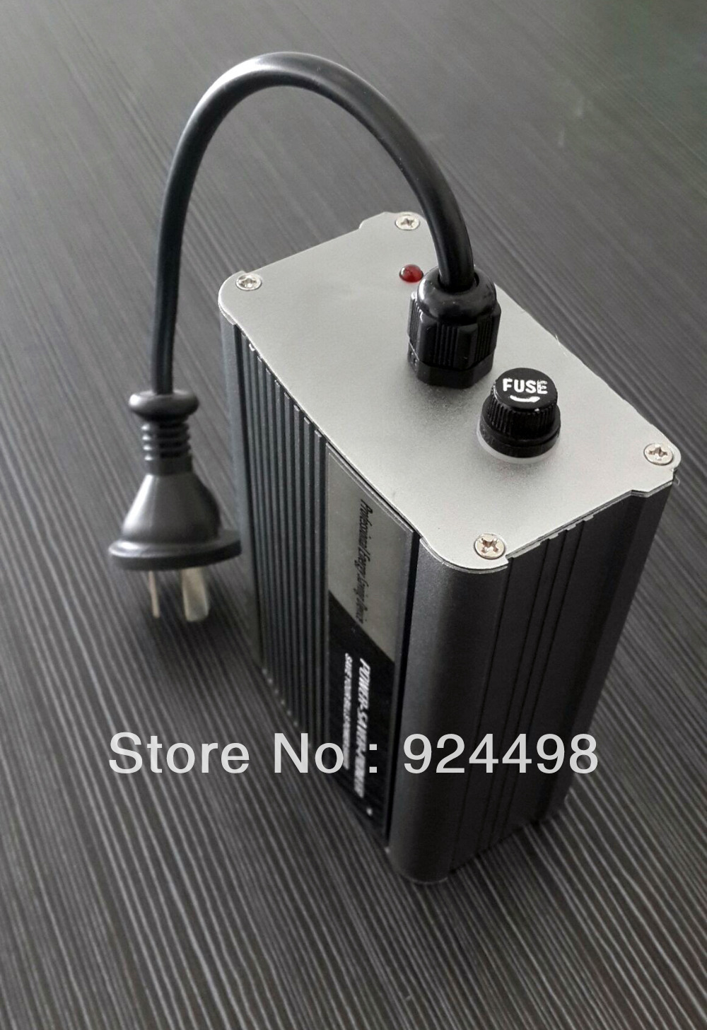 Wholesale single phase power saver 30kw  for home energy saving box  electricity energy saver+ CE