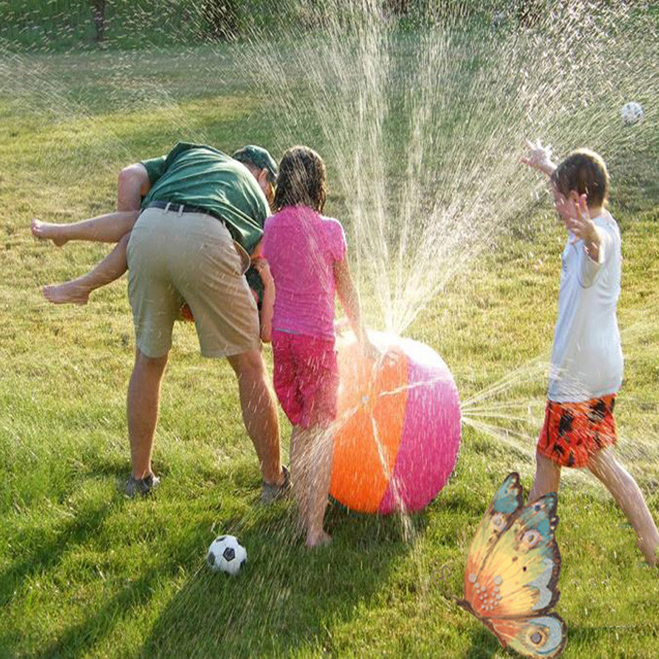 60cm Children Summer Inflatable Water Spray Environmental Balls Outdoor Sport Swimming Party Kids Playing Inflated Game Toy(China (Mainland))