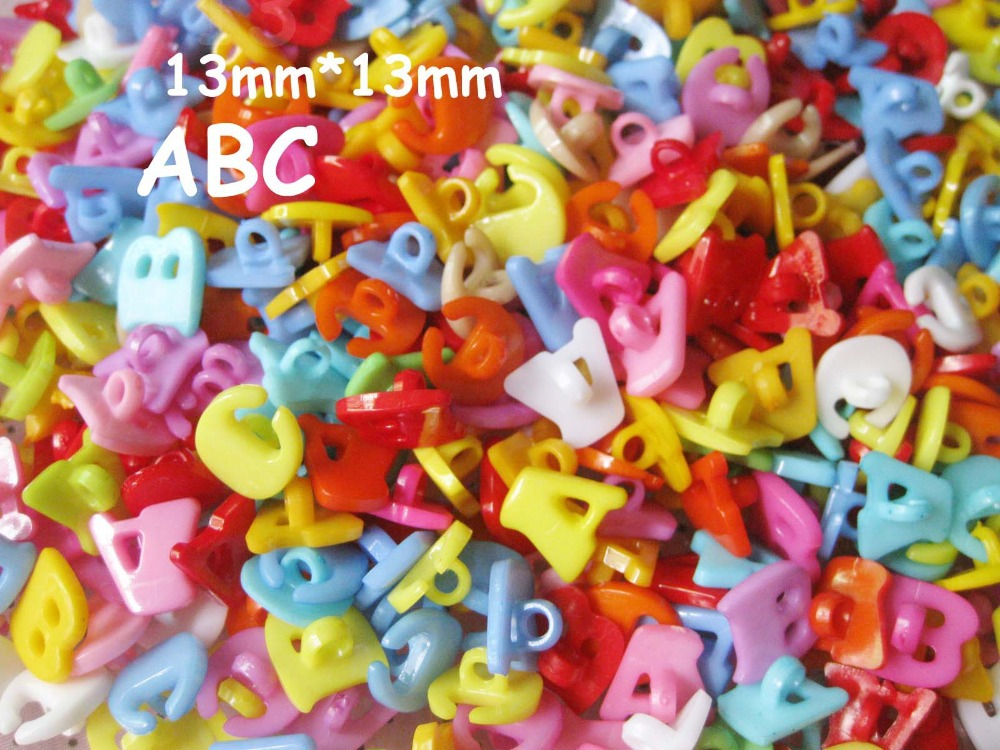 Free Shipping 1200pcs Lots Mix ABC Letter Plastic Buttons Kid's Sewing Crafts P0064(China (Mainland))