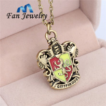Classic Movies Jewelry For Harry Gryffindor House Pendant Necklace XL093GR(China (Mainland))