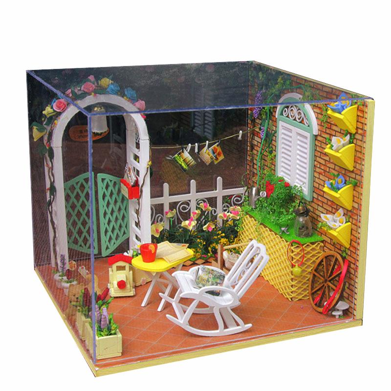 Bricolage maison de poup e miniature main de jouet en bois for Africa express presents maison des jeunes
