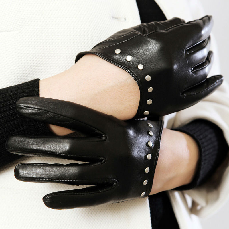 Luxury Lady Short Gloves Tight Half Palm Gloves Genuine Sheepskin Leather Gloves Five-finger Women Gloves with Studs Black(China (Mainland))