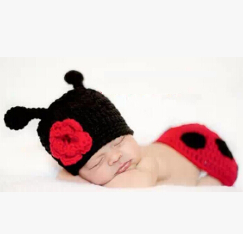 Hand Crochet Newborn Baby Girl Ladybug Photography Prop Photo Set Hat & Cover Infant Animal Beanie Hats - Choco honey store