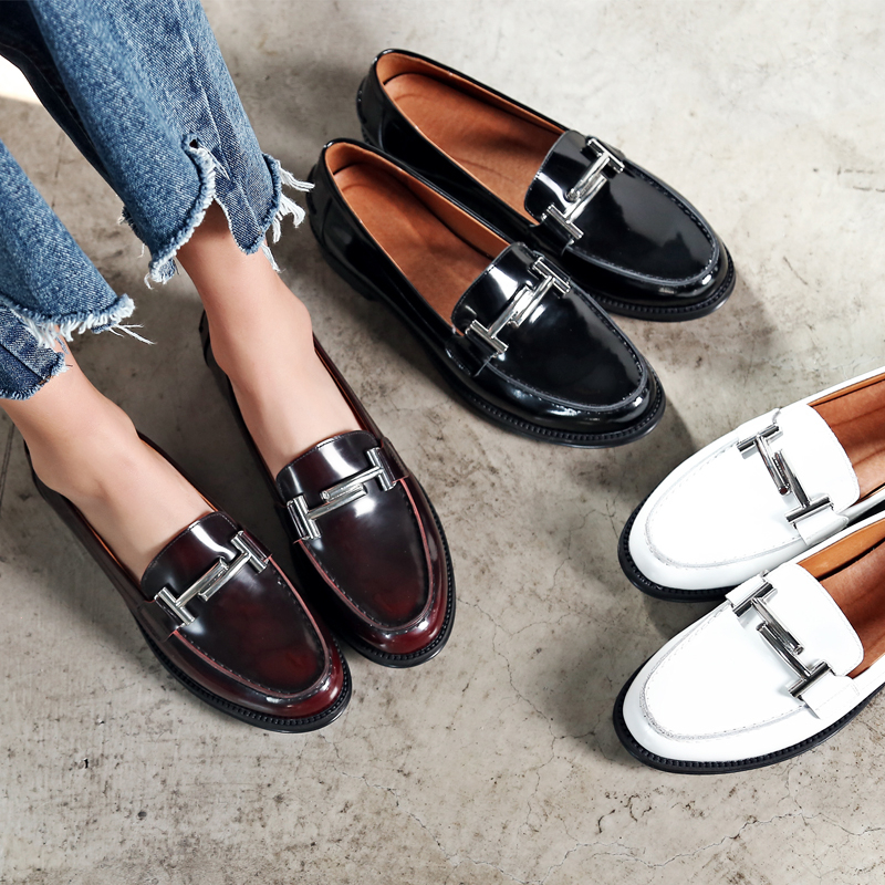 Preppy Chic UK Wind Women Genuine Leather Brogue Shoes Women Loafers Flats Comfortable Soft Bottom Ladies Girl Shoes Moccasins(China (Mainland))