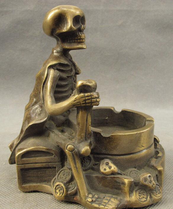 Folk China Chinese Bronze Art Carved Human Skeleton Skull Bone Statue Ashtray(China (Mainland))