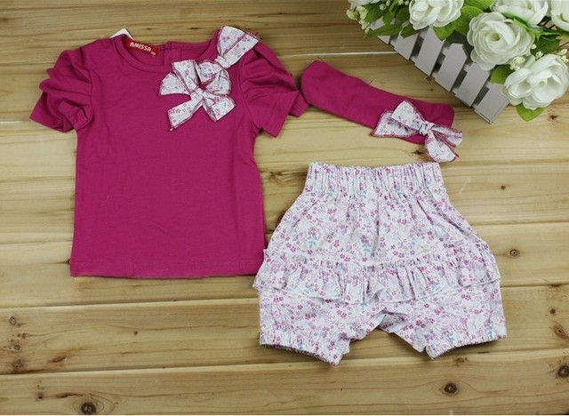 free shipping girl summer clothing set ( tshirt + shorts + headband) lovely floral clothing fashion cute design suit 10pcs/lot