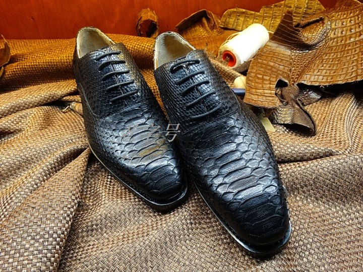 Goodyear commercial-grade mens leather shoes handmade leather shoes bottom imports of wild pythons custom shoes<br><br>Aliexpress