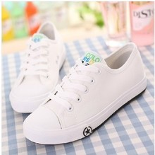 Belle is older autumn low lacing base plate solid color breathable casual couple canvas shoes35 44