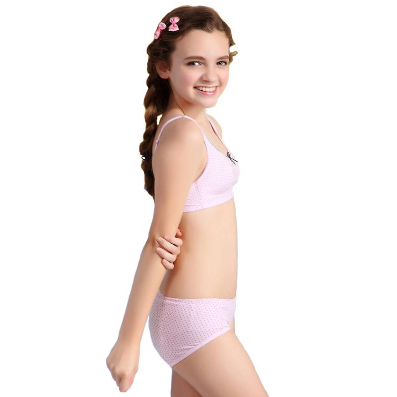 Female preteen model
