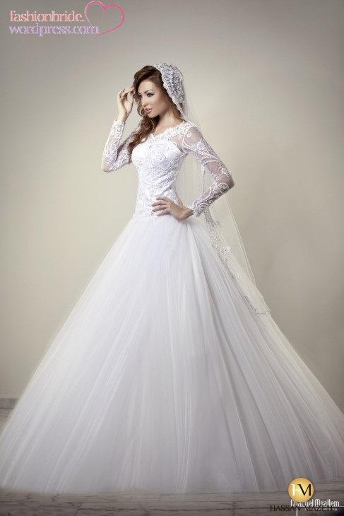 Модные v-образным вырезом встроенная украшенные лиф мягкий тюль-линия юбка Ливан свадебное платье кружева с длинным рукавом свадебное платье 2014
