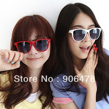 Promotion+Free Shipping 12 Colors 2012 Fashion Sunglass Men Women SunGlasses Brand Designer Sunglasses