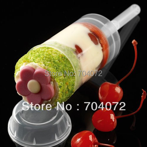 2015 Real Transport Tools Wholsesale -free Shipping Empty Push Up Pop Cake Containers for Cupcake Shooters with Lid 50pcs/lot
