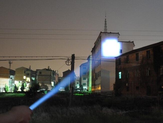 Free shipping Q5  flashlight High Power zoomable 2000 lumens LED Flashlight penlight practical Torch light lantern Torch(China (Mainland))