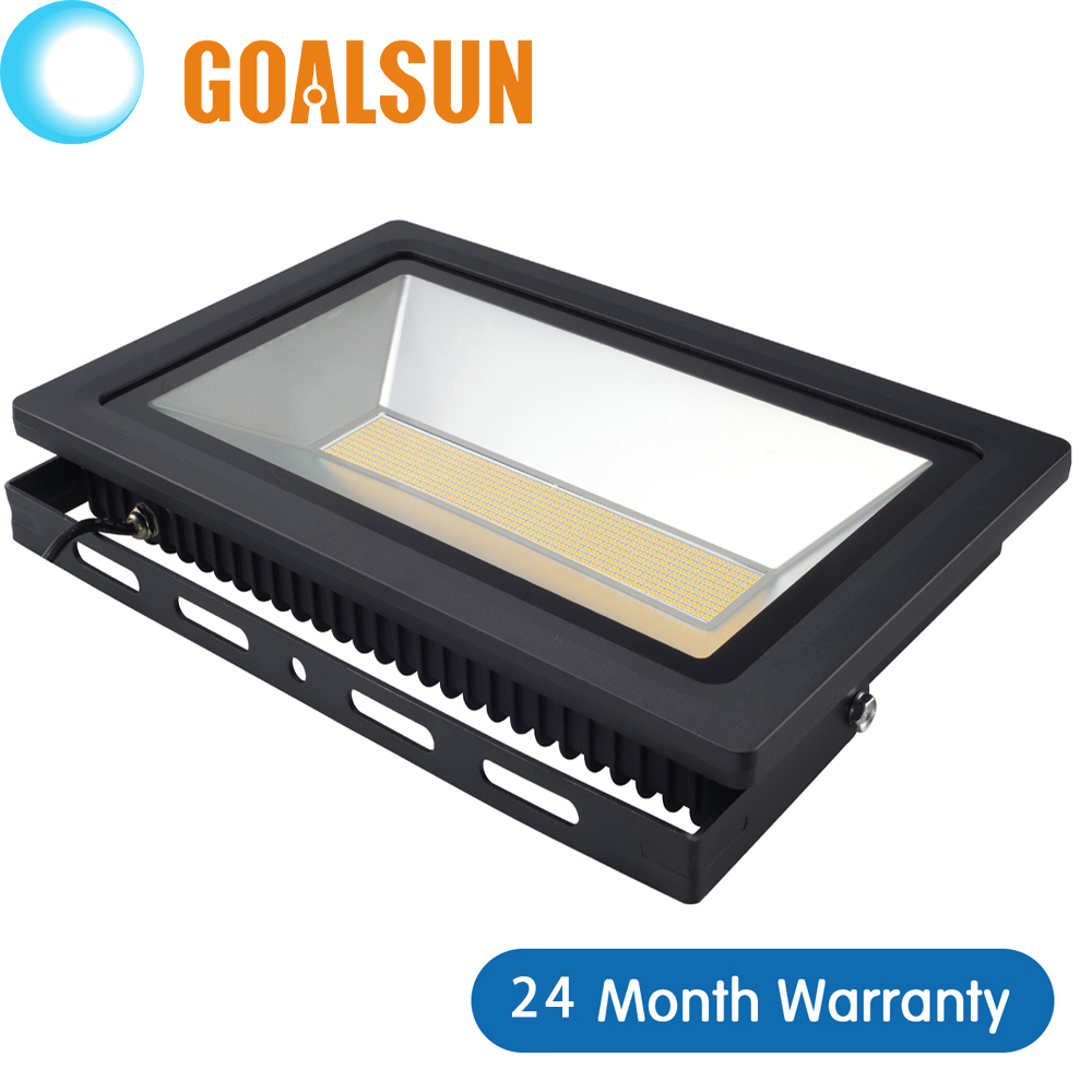 LED FloodLight 200W 150W 100W 60W 30W 15W Reflector Led Flood Light Spotlight 220V 110V Waterproof Outdoor Wall Lamp Projectors(China (Mainland))