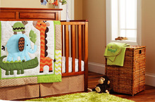 Free ship Character Childhood Reactive Printing 4-7pcs/set Baby Bedding Bed Around Fitted Quilt Crocodile Giraffe Embroidery(China (Mainland))