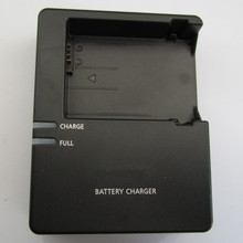 LC-E8C E8C LC-E8E Battery Charger For Canon Camera LP-E8 LPE8 E8 EOS 550D 600D 650D 700D Rebel T2i T3i T4i T5i Kiss X4 X5 X6i X7(China (Mainland))
