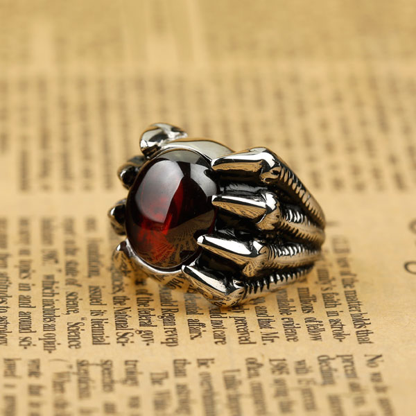 2015 NEW Hot Selling Fashion Titanium Stainless steel Classic Biker Men's Eagle Claw Red Onyx Ring Vintage punk style(China (Mainland))