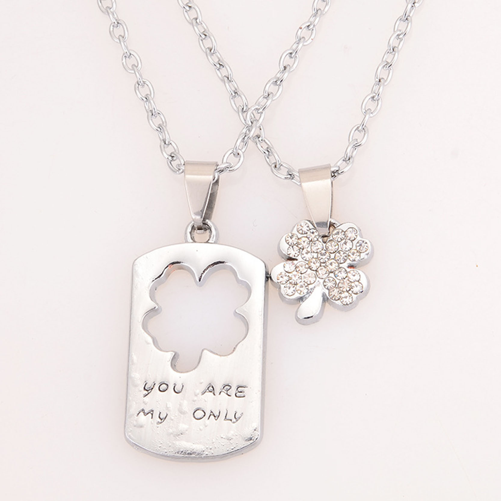 Lucky Clover Pattern Lovers Necklaces Fashion Silver-Plated Chain Pendants Necklaces For Boys Girls Jewelry Collares HOT(China (Mainland))