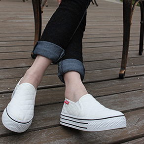 Quality Fashion Women's shoes Lovers Canvas Shoes Casual Comfortable Summer Spring Autumn Student Shoes Black White Blue GN-8(China (Mainland))