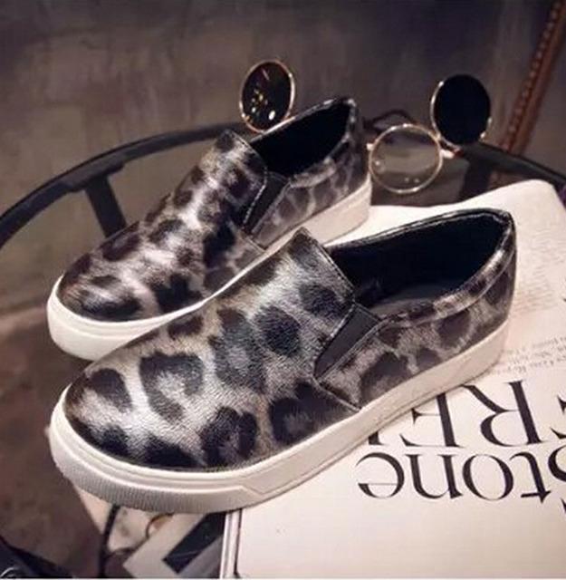 2015 женщины на плоской подошве корейской версии из конского волоса леопарда бездельники новинка женская обувь Carrefour обувь p5c129