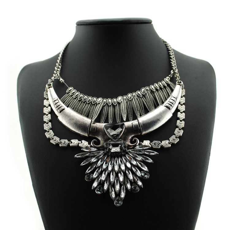 Vintage Statement Necklaces 2015 New Fashion Rhinestone Acrylic Women Tassel Design Antique Silver Cord DFX-811 - Top Jewelry Shop store