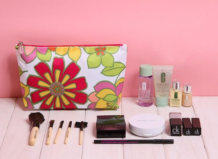 2015 Famous Brand Women Makeup Case Pouch Flora Woman Cosmetic Bag Toiletries Travel Jewelry Organizer Clutch Bag 3<br><br>Aliexpress
