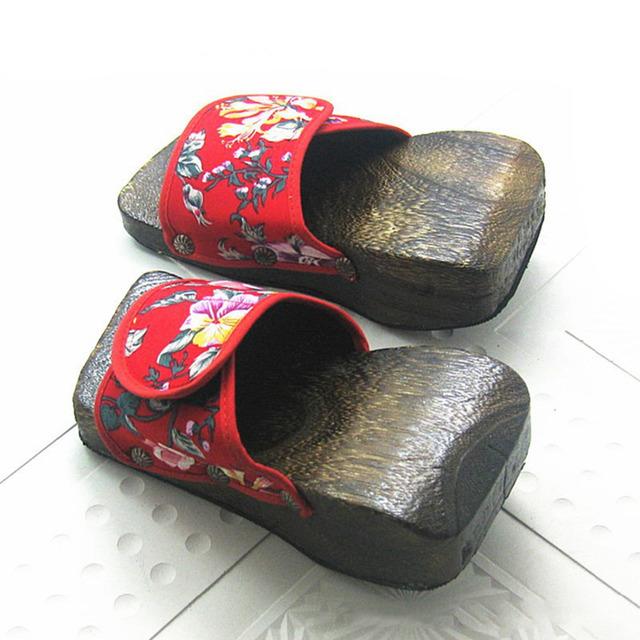 Высокое качество летний стиль вьетнамки повелительниц дерево сандалии цветочные танкетка ...