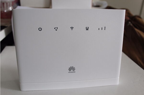 Sealed Unlocked Huawei CPE B315s-22 4G LTE FDD TDD 3G WIFI Wireless Router 150Mbps Voice Printer RJ11 RJ45 BroadbandPK B593s-22(China (Mainland))