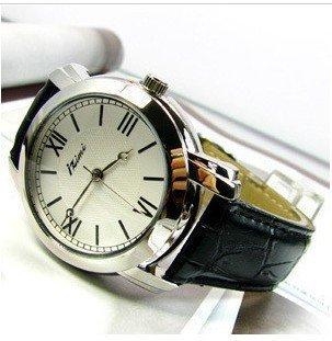 wholesale watch/Free shipp Wrist Watch love  No 18hot Fashion 2010 spring
