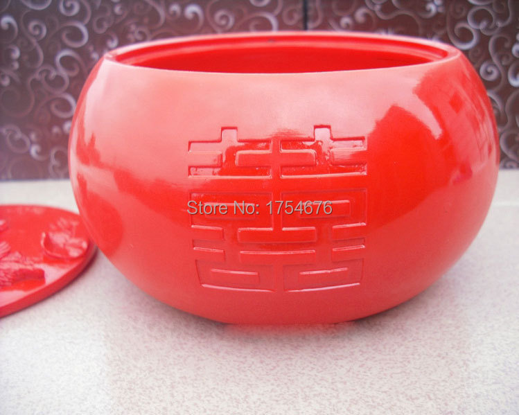 Hot Chinoiserie Bright Red Ashtray metal ashtray with lid(China (Mainland))