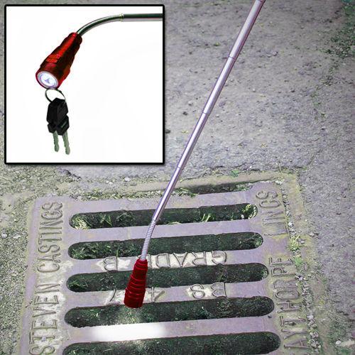multifunctional searchlight led flashlight retractable magnetic flashlamp 360 degrees rotate working lamp linternas(China (Mainland))