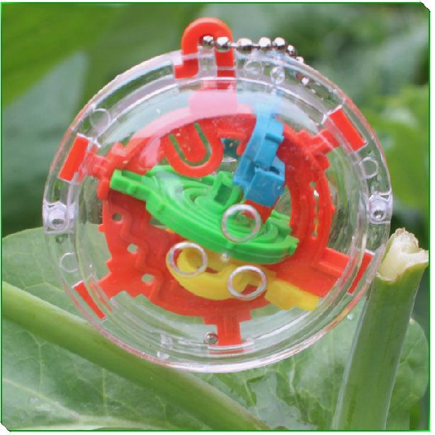 3D Mini Magic Intellect Maze Ball Kids Children Balance Logic Ability Puzzle Game Educational Training Tools Ball Toy(China (Mainland))