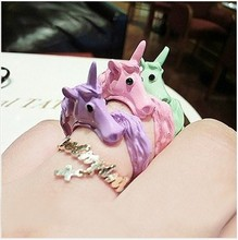 2014 Korean Lovely Candy Color Unicorn Finger Ring Unique Party Rings For Women Cavalo Enamel Horse Anel Femininas