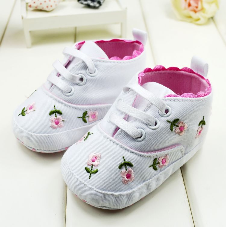 Baby First Walkers Cute Embroidered Lace Baby Infant Shoes Kids Girls Toddler Soft Bottom Shoes New