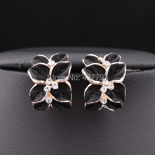 Wholesale New Jewelry 18 K Gold Plated Rhinestone Four Leaf Flower Enamel Stud Earrings E061(China (Mainland))