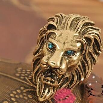 1PC Fashionable Anituque Bronze Plated Animal Lion Head Rings For Women Men Blue Rhinestones Crystals Wedding Band Rings(China (Mainland))
