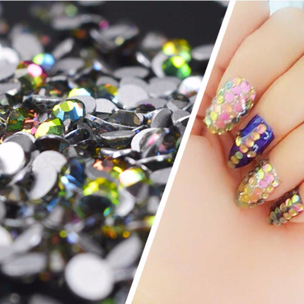 1package Nail Rhinestones